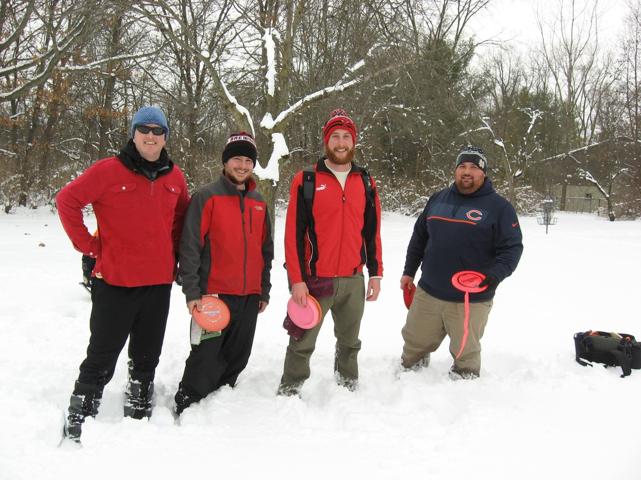 disc golf in snow
